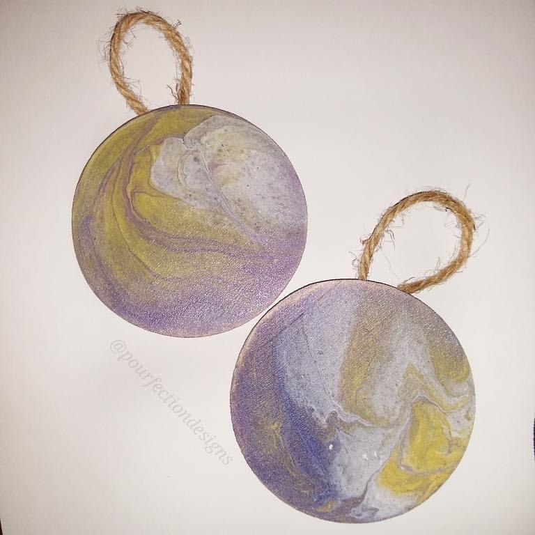 Pour Paint Round Ornaments