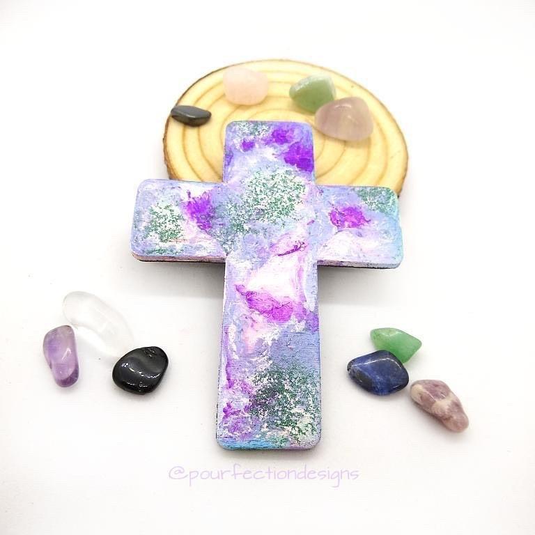 Wooden Pour Paint Cross Magnet, 10 Crystal Tumbles