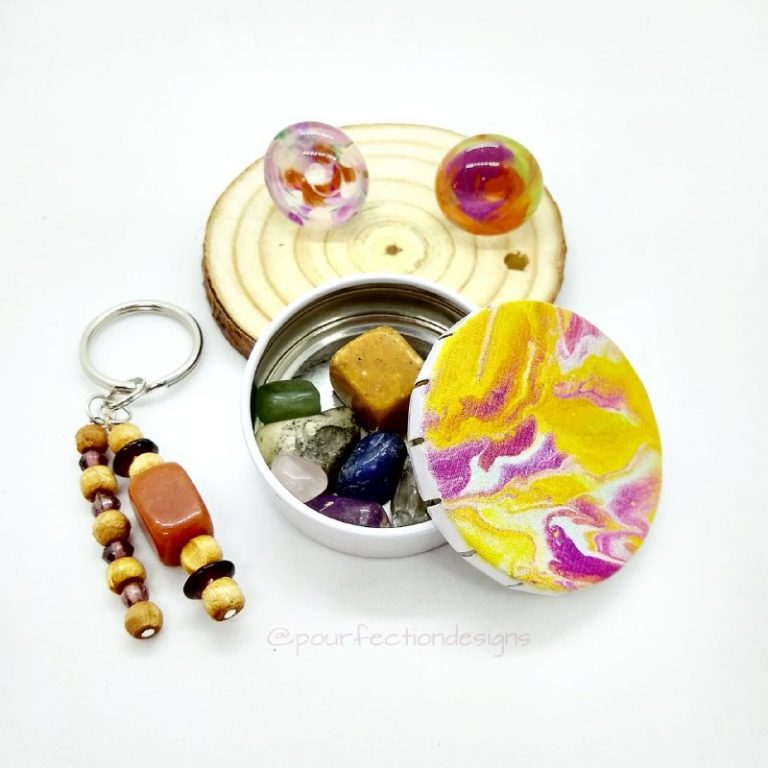 Pour Paint Printed Tin, Magnets, Keychain, Tumbles