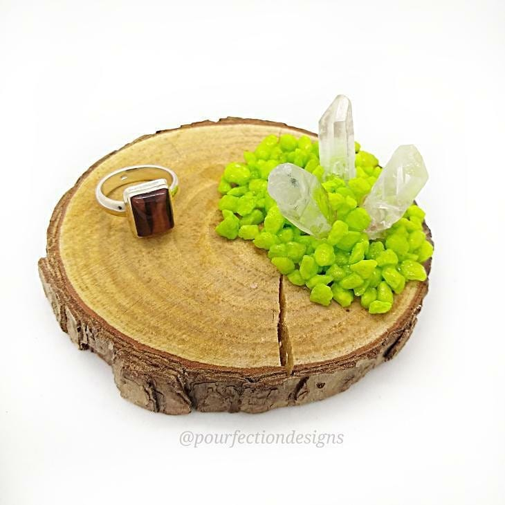 Green Rock Wooden Round Trinket Tray