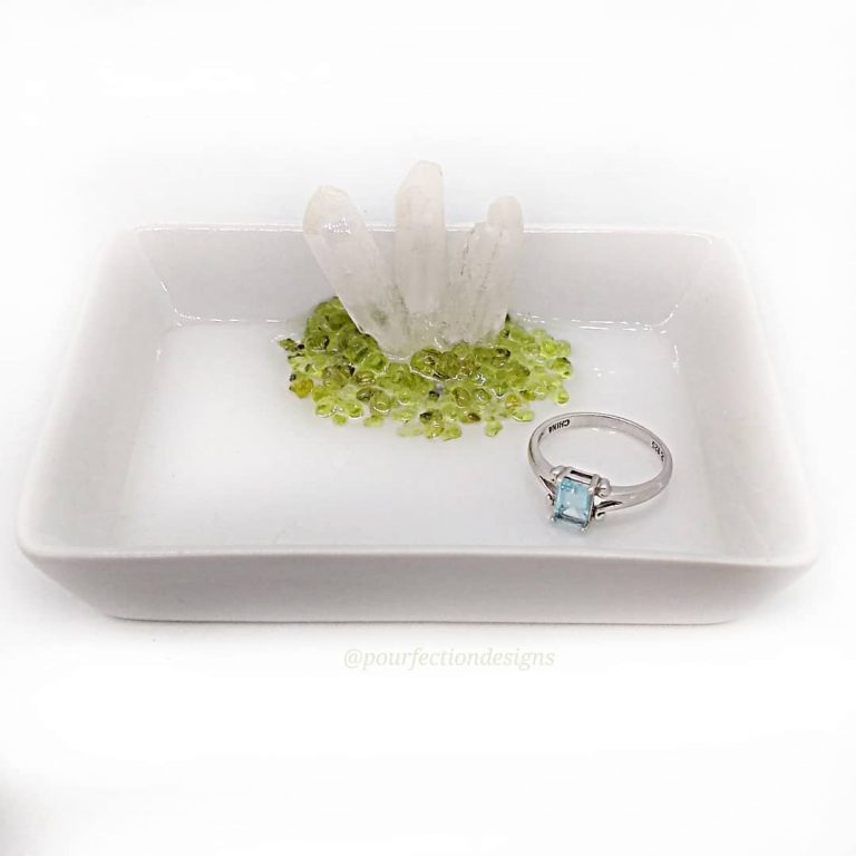 White Ceramic Crystal Trinket Dish With Peridot